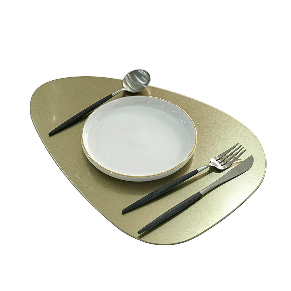 VERNOX Triangular Table Mat 베르녹스 삼각테이블매트